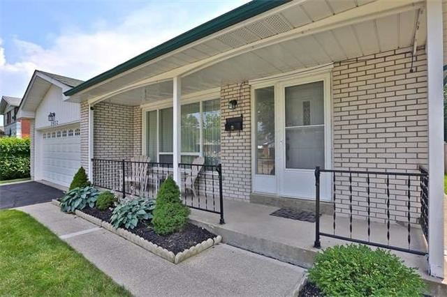 Detached at 2422 Del Fiore Dr, Mississauga, Ontario. Image 12