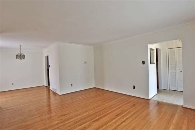 Detached at 2422 Del Fiore Dr, Mississauga, Ontario. Image 15