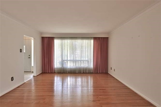 Detached at 2422 Del Fiore Dr, Mississauga, Ontario. Image 16