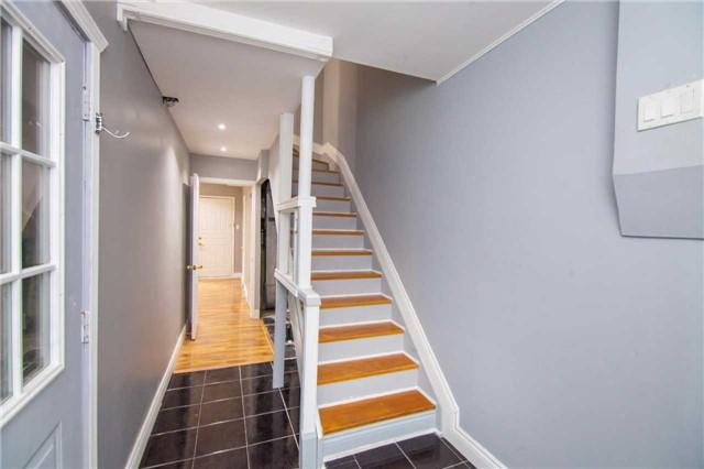 Condo Townhouse at 475 Bramalea Rd, Unit 111, Brampton, Ontario. Image 12
