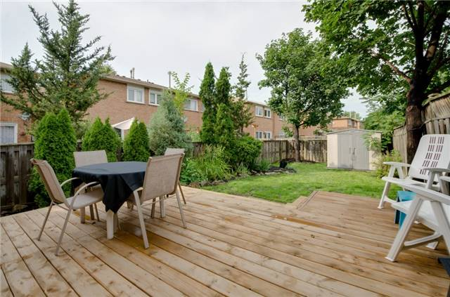 Townhouse at 5035 Mariner Crt, Mississauga, Ontario. Image 9