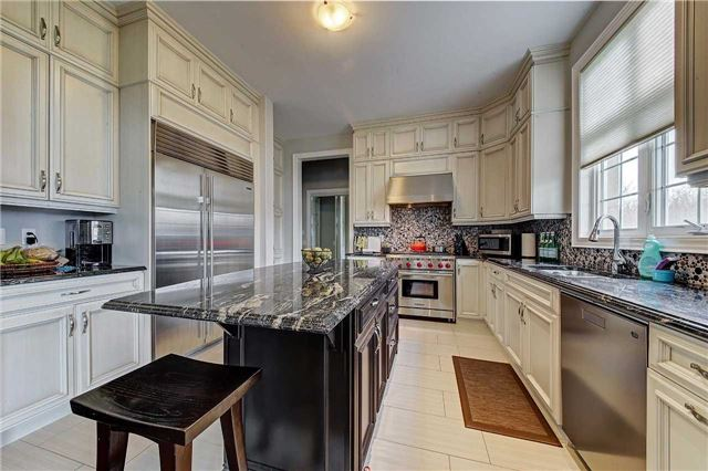 Detached at 69 North Park Blvd, Oakville, Ontario. Image 18