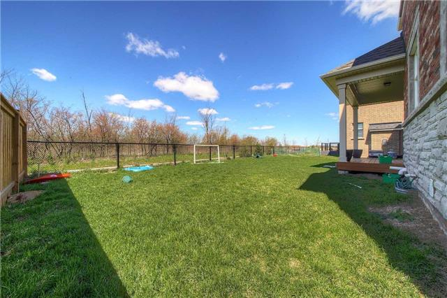 Detached at 69 North Park Blvd, Oakville, Ontario. Image 10