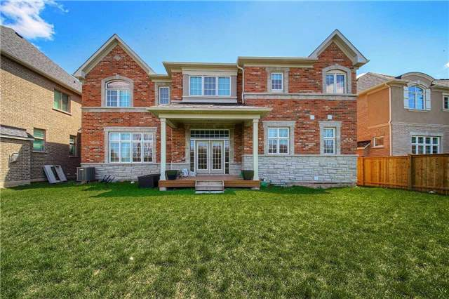 Detached at 69 North Park Blvd, Oakville, Ontario. Image 13