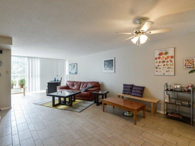 Condo Apartment at 2091 Hurontario St, Unit 206, Mississauga, Ontario. Image 14