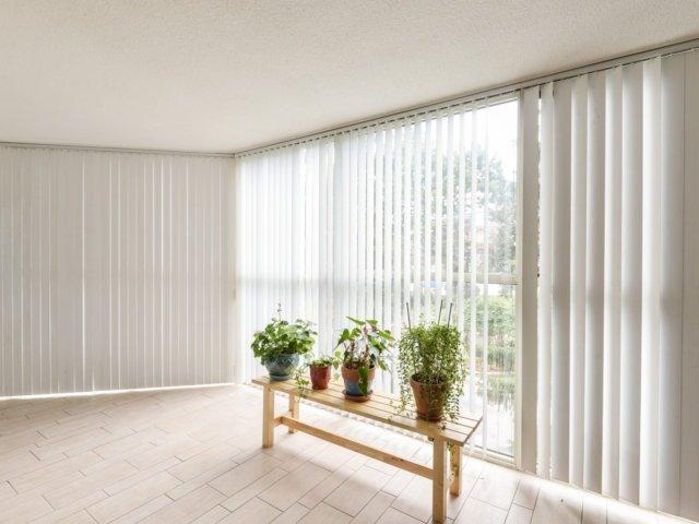 Condo Apartment at 2091 Hurontario St, Unit 206, Mississauga, Ontario. Image 16