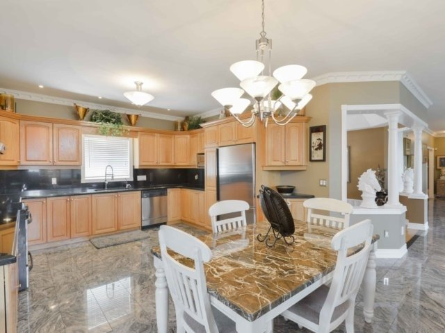 Detached at 3063 Olde Base Line Rd, Caledon, Ontario. Image 15