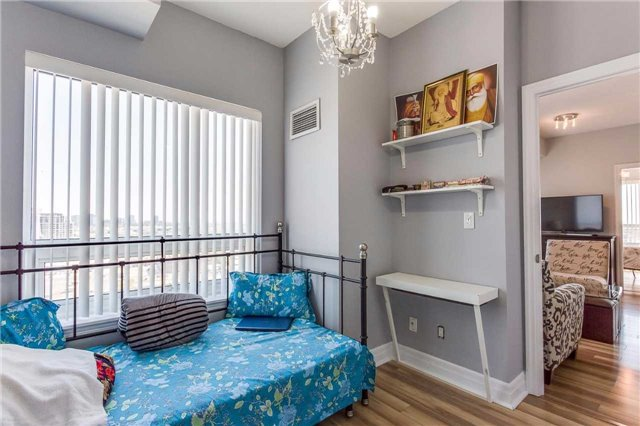 Condo Apartment at 215 Queen St, Unit 1403, Brampton, Ontario. Image 6