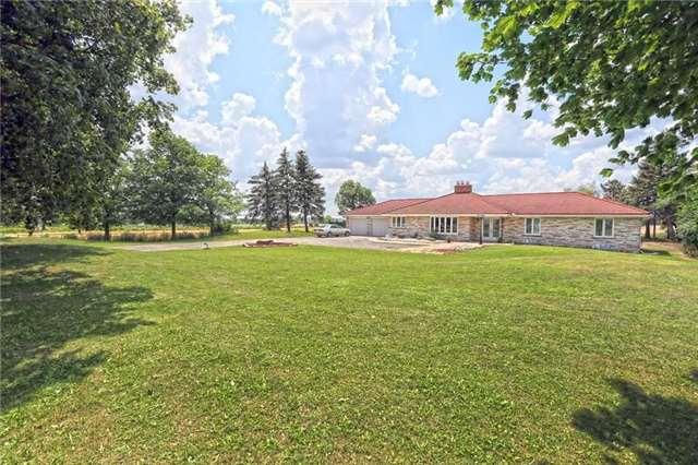 Detached at 13026 Heart Lake Rd, Caledon, Ontario. Image 15