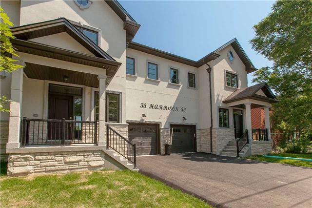Semi-detached at 35 Harrison Ave, Mississauga, Ontario. Image 1