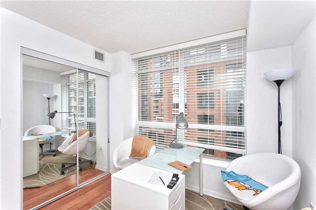 Condo Apartment at 36 Via Bagnato, Unit 529, Toronto, Ontario. Image 6
