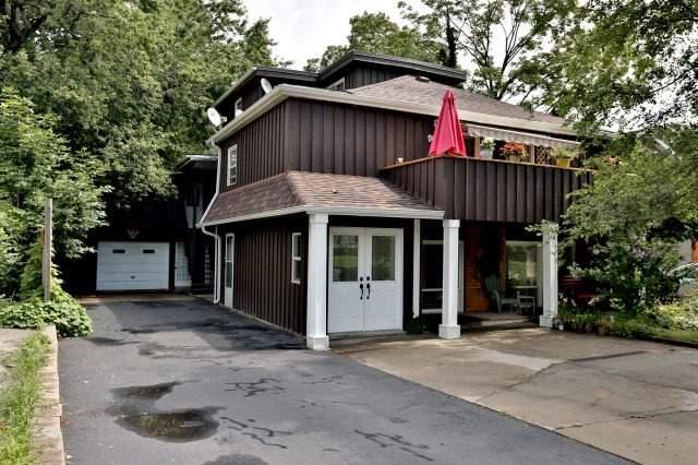 Duplex at 257 Pine Cove Rd, Burlington, Ontario. Image 1