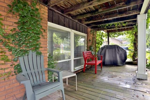 Duplex at 257 Pine Cove Rd, Burlington, Ontario. Image 5