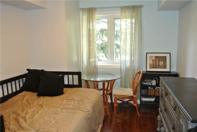 Condo Apartment at 75 Bristol Rd E, Unit 183, Mississauga, Ontario. Image 7