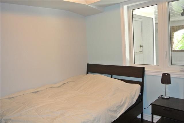 Condo Apartment at 75 Bristol Rd E, Unit 183, Mississauga, Ontario. Image 8