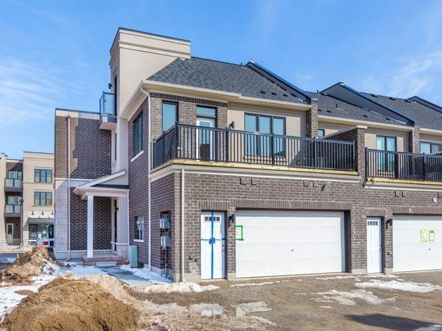 Townhouse at 388 Switchgrass St, Oakville, Ontario. Image 14