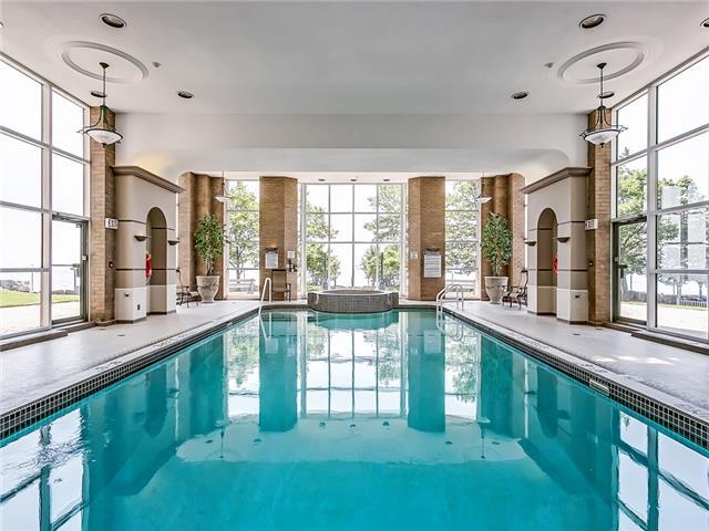 Condo Apartment at 2190 Lakeshore Rd, Unit 704, Burlington, Ontario. Image 4