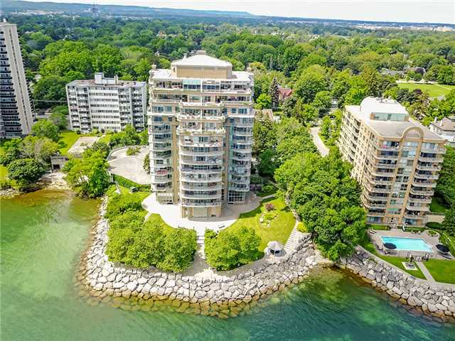 Condo Apartment at 2190 Lakeshore Rd, Unit 704, Burlington, Ontario. Image 10