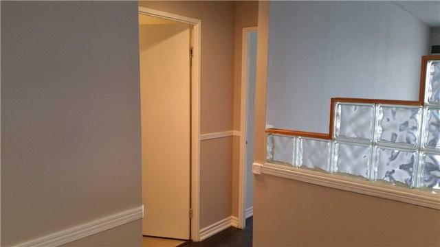 Condo Apartment at 115 Hillcrest Ave W, Unit 1914, Mississauga, Ontario. Image 18