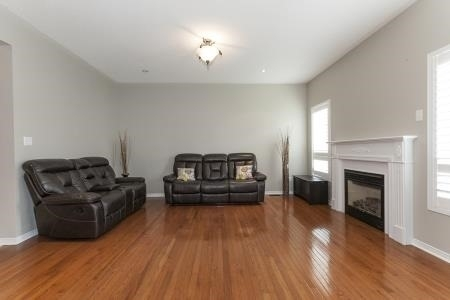 Detached at 7 Owens Rd, Brampton, Ontario. Image 17