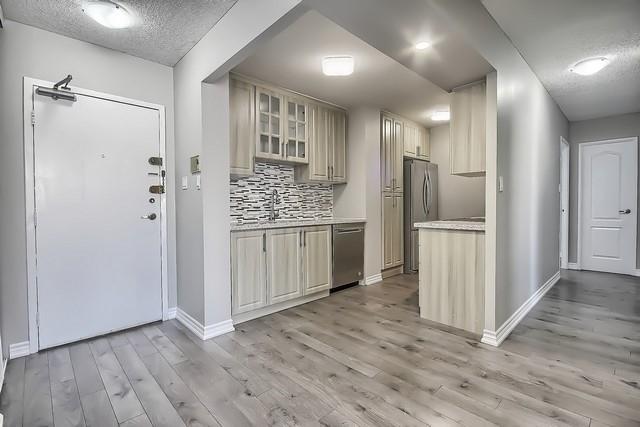 Condo Apartment at 370 Dixon Rd, Unit 1901, Toronto, Ontario. Image 19