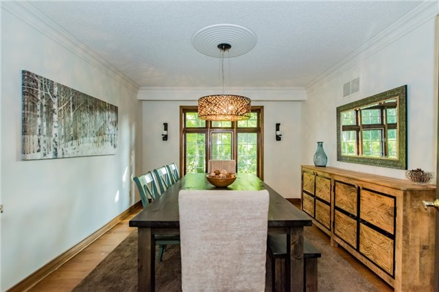 Detached at 68 Harborn Rd, Mississauga, Ontario. Image 3