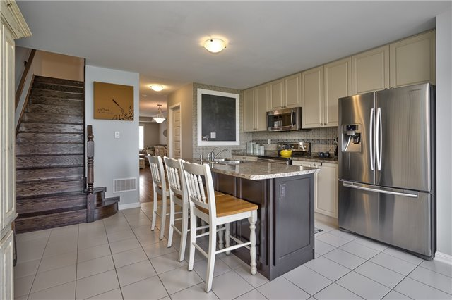 Townhouse at 6020 Derry Rd, Unit 57, Milton, Ontario. Image 6