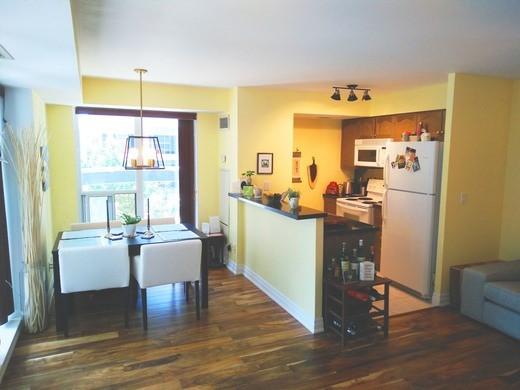 Condo Apartment at 2121 Lake Shore Blvd W, Unit 212, Toronto, Ontario. Image 13
