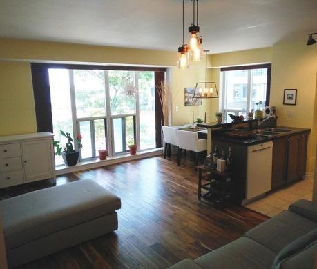 Condo Apartment at 2121 Lake Shore Blvd W, Unit 212, Toronto, Ontario. Image 14