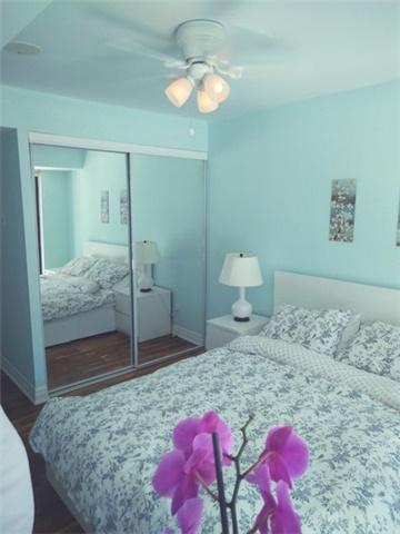 Condo Apartment at 2121 Lake Shore Blvd W, Unit 212, Toronto, Ontario. Image 4