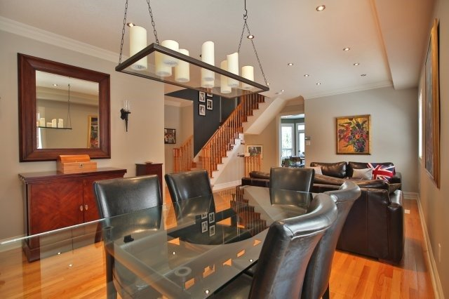 Detached at 1372 Liverpool St, Oakville, Ontario. Image 16