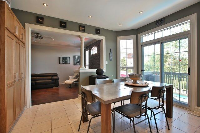 Detached at 1372 Liverpool St, Oakville, Ontario. Image 18