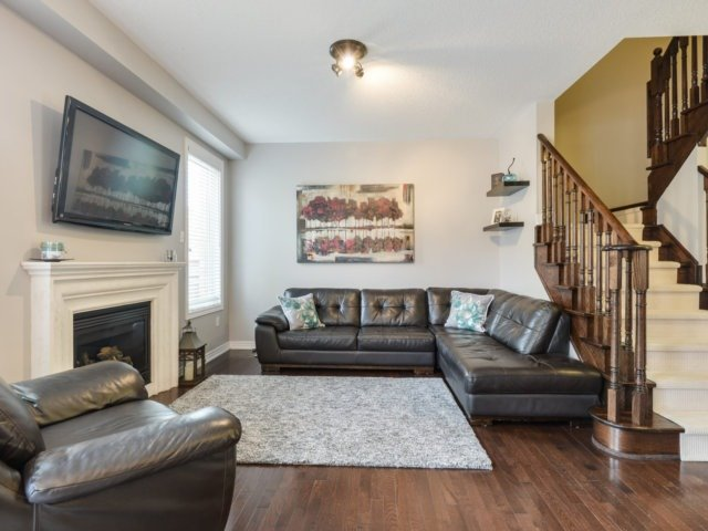 Townhouse at 3471 Whilabout Terr, Oakville, Ontario. Image 20