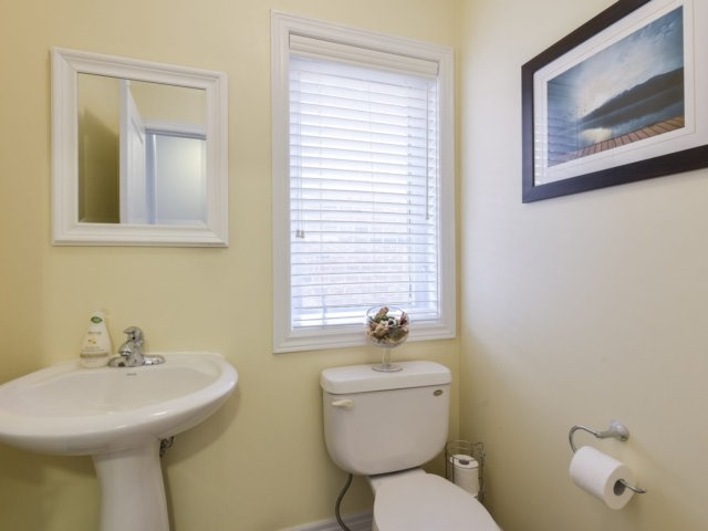Townhouse at 3471 Whilabout Terr, Oakville, Ontario. Image 2