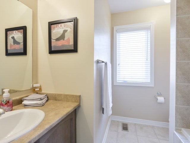 Townhouse at 3471 Whilabout Terr, Oakville, Ontario. Image 10