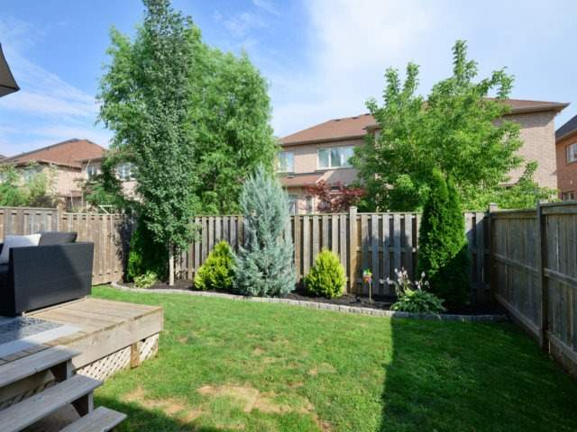 Townhouse at 3471 Whilabout Terr, Oakville, Ontario. Image 11