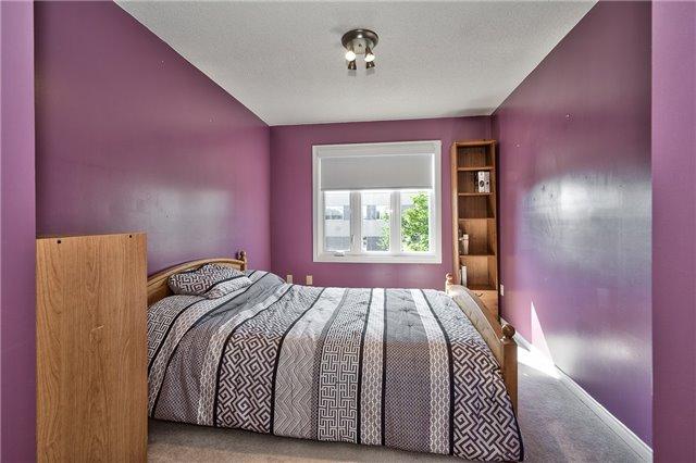 Condo Townhouse at 2960 Headon Forest Dr, Unit 17, Burlington, Ontario. Image 6