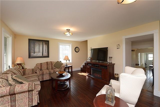 Detached at 12540 Chinguacousy Rd, Caledon, Ontario. Image 19