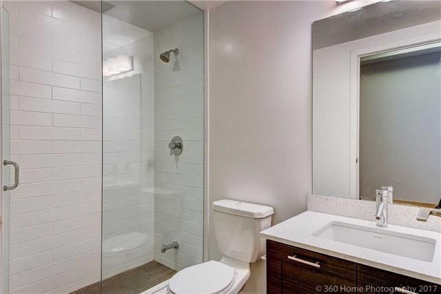 Condo Apartment at 2200 Lakeshore Blvd, Unit 3207, Toronto, Ontario. Image 15