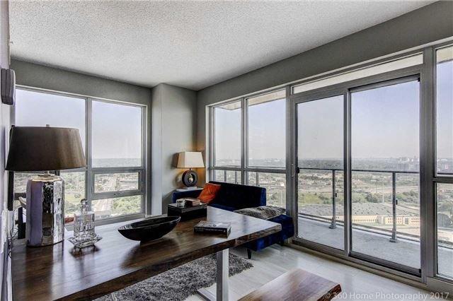 Condo Apartment at 2200 Lakeshore Blvd, Unit 3207, Toronto, Ontario. Image 6