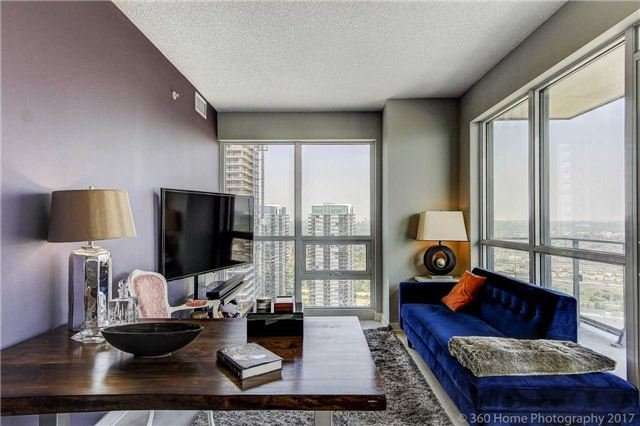 Condo Apartment at 2200 Lakeshore Blvd, Unit 3207, Toronto, Ontario. Image 10