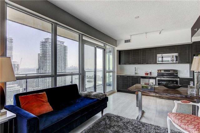 Condo Apartment at 2200 Lakeshore Blvd, Unit 3207, Toronto, Ontario. Image 11