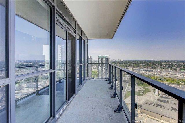 Condo Apartment at 2200 Lakeshore Blvd, Unit 3207, Toronto, Ontario. Image 13