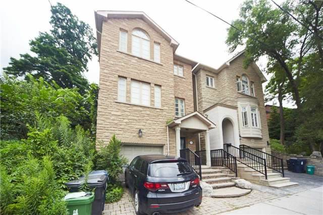 Detached at 1450 Davenport Rd, Toronto, Ontario. Image 1