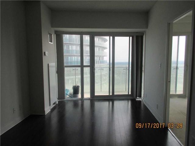 Condo Apartment at 50 Absolute Ave, Unit 4404, Mississauga, Ontario. Image 11
