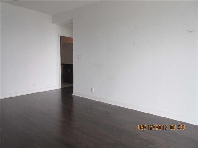 Condo Apartment at 50 Absolute Ave, Unit 4404, Mississauga, Ontario. Image 12