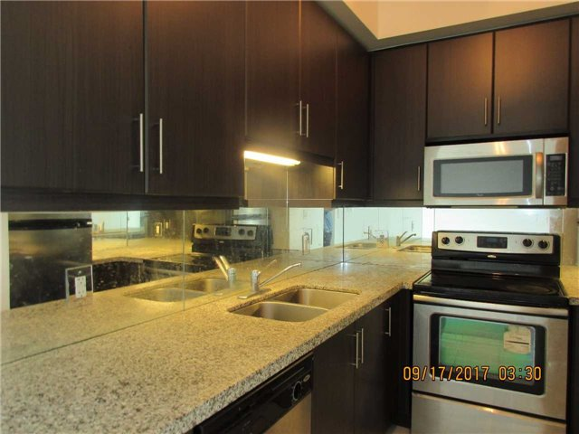 Condo Apartment at 50 Absolute Ave, Unit 4404, Mississauga, Ontario. Image 16