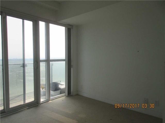 Condo Apartment at 50 Absolute Ave, Unit 4404, Mississauga, Ontario. Image 17