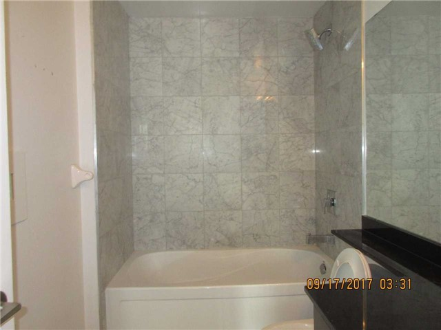 Condo Apartment at 50 Absolute Ave, Unit 4404, Mississauga, Ontario. Image 4
