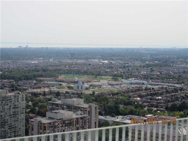 Condo Apartment at 50 Absolute Ave, Unit 4404, Mississauga, Ontario. Image 8